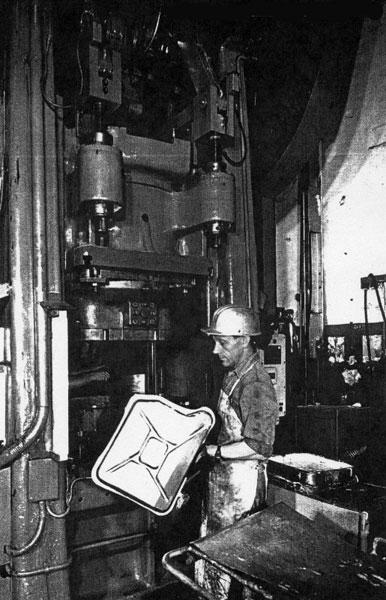 производство канистр