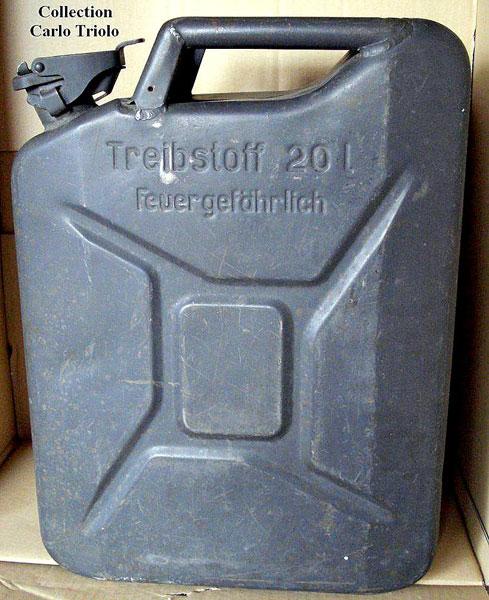 швейцарская копия немецкой канистры